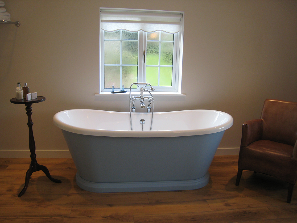 quality boat bath at B&B Rye